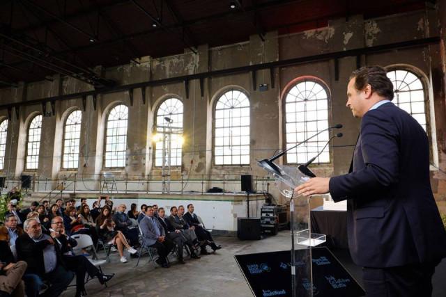 Fernando Medina, presidente da CML, durante a apresentação do projeto Browers Beato  / Facebook